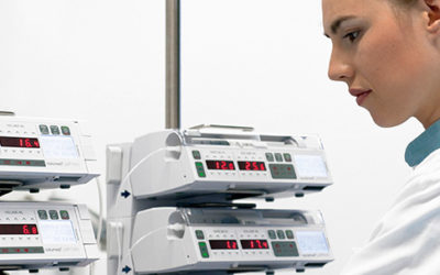 Antibiotic intravenous infusion therapy:  Precautions for avoiding complications